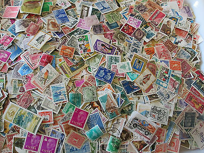 10g World - Off paper mix. taken from stock. Super sort. SEE PICS. #W003