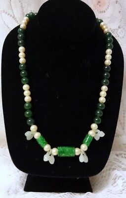 BEAUTIFUL Chinese Asian Natural Green White Jade Hand Carved Peaches Necklace