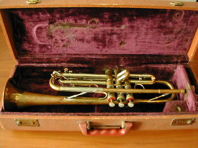 GREAT VINTAGE RARE EARLY OLDS SPECIAL 6xxx LOS ANGELES TRUMPET PLAYS FINE !