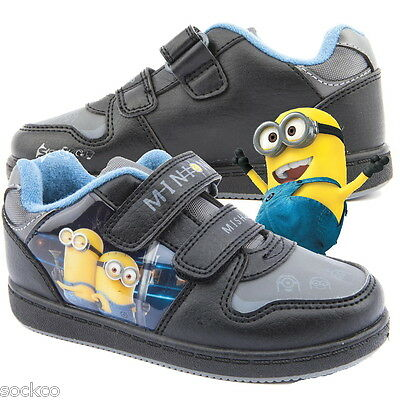 Boys Despicable Me Minion Mishap Touch Fastens Trainers Sizes 7-1 New Gift