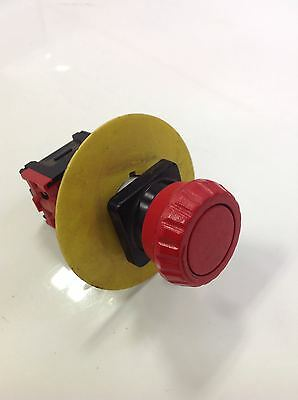 Telemecanique Red Twist And Lock Pushbutton Lot Of 4 Da 01