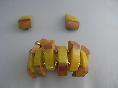 Bakelite Butterscotch and Wood Demi Parure Wrap Bracelet and Matching Earrings