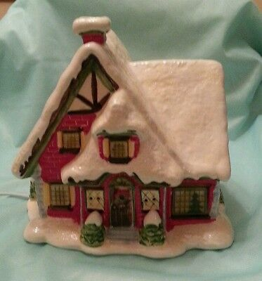Ceramic Lighted Christmas Village Winter Retreat 2007 JoAnns House