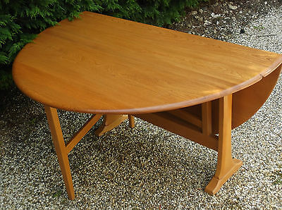 OUTSTANDING MODERN ERCOL SPACESAVER DINING TABLE- DELIVERY AVAILABLE