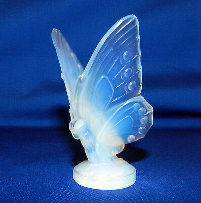 SABINO FRANCE SIGNED OPALESCENT ART GLASS OPEN WING BUTTERFLY FIGURINE/SCULPTURE