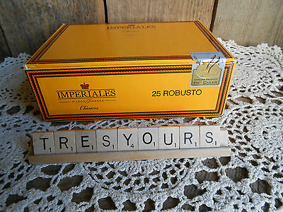 Imperiales 25 Robusto CIGAR BOX Wooden Bottom Bright Yellow in Color