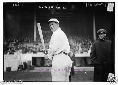 1913 PHOTO OF JIM THORPE WITH NEW YORK GIANTS BASEBALL TEAM - REPRINT - 5 by 7