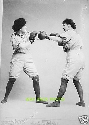 REPRINT OF CIRCA 1910 PHOTO SHOWING THE BENNETT SISTERS BOXING VAUDEVILLE ACT