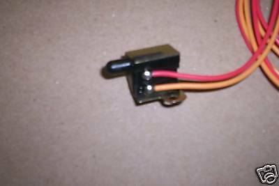 Drag Specialties Front Brake Light Switch Harley 1984-95 repl. HD# 71590-92