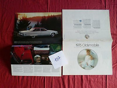 137 / OLDSMOBILE : catalogue gamme 1975  english text