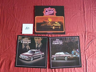 140 / OLDSMOBILE : 3 catalogues    modéle 1985 english text canada