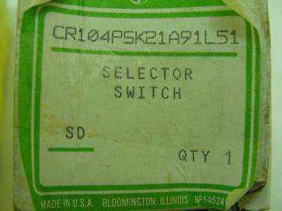 New box opened, General Electric selector switch CR104PSK21A91L51