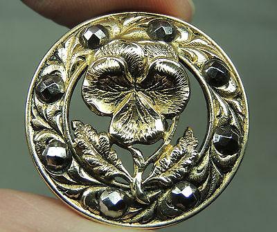 BRASS PICTURE BUTTON ~ PANSY W/ CUT STEELS    METAL