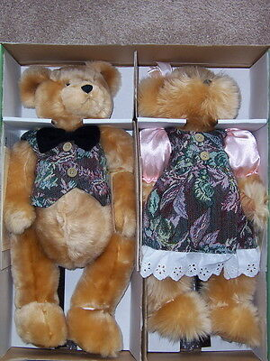Seymour Mann mama papa Bear collection New in box Collectible doll