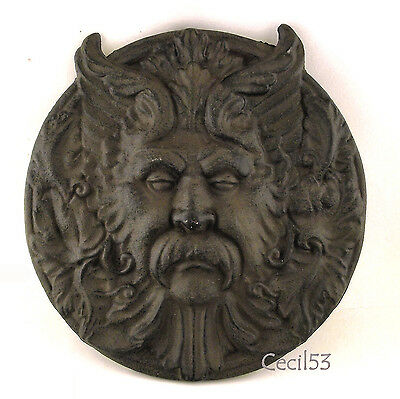 GOTHIC MEDIEVAL HORNED MYTHICAL GREEN MAN BACCHUS GARDEN WALL DECOR CAST IRON