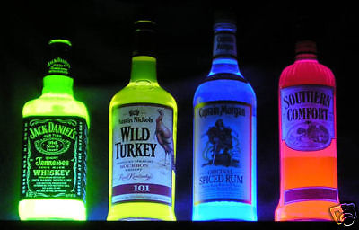 Southern Comfort GLOWING NEON Blacklight Bottle -- add poster sign -- UV Glow!