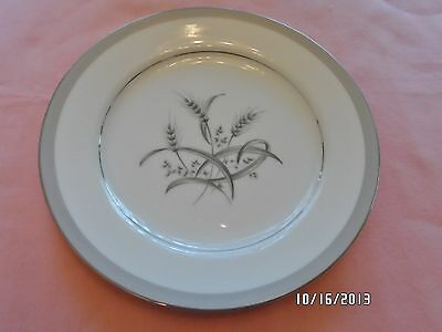 VINTAGE SONE FINE CHINA BREAD PLATE IN SILVER WHEAT PATTERN #1593, MADE IN JAPAN