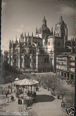 Antigua Postal Segovia Catedral Y Plaza General Franco Old Postcard      Cc01048