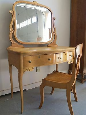 ANTIQUE VANITY DRESSING TABLE & CHAIR BIRD'S EYE CURLY MAPLE BEVELED MIRROR