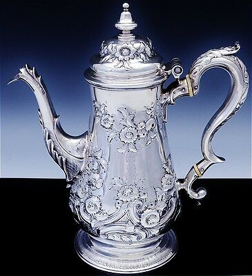SUPERB QUALTY 1776 18thC GEORGIAN STERLING SILVER CROWN LION ARMORIAL COFFEE POT