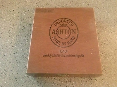 """Imported """" Ashton """" Made by Hand 8-9-8 Cigar Box"""