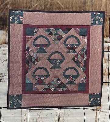 PATTERN Primitive Pieced Baskets and Bows Wallhanging Mini Quilt OOP UNCUT