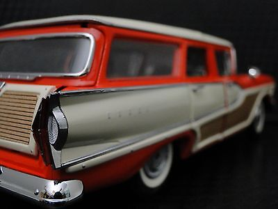Ford 1950s Edsel Rare Show Car Vintage Classic 1 24 Metal Diecast Model w/ Box