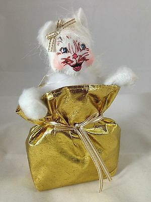 "(#2448)  ANNALEE 4"" ELEGANT KITTY (Laughing) - NEW with TAG - 2013"