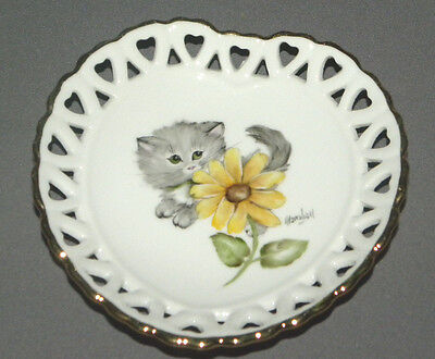 Vintage Decorative Cat Plate Heart Shaped with Grey Kitty, Yellow Flower