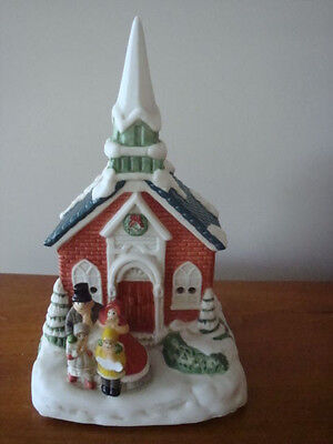 VINTAGE PORCELAIN CHURCH CHRISTMAS MUSIC BOX -JOY TO THE WORLD