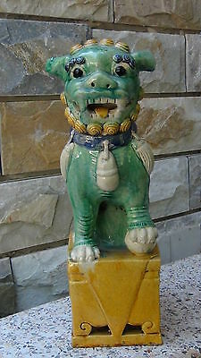 ANTIQUE EARLY 20c CHINESE TEMPLE LION IN MING STYLE YELLOW NAND TURQUISE  GLAZE