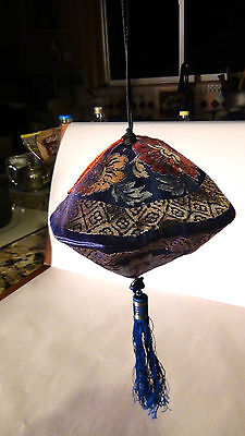 Antique Chinese Fine Embroidered Silk Hand Pouch, Purse With Tessel