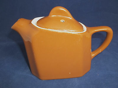 """HALL BROWN ONE CUP TEAPOT W/LID,MARKED """"HALL"""",LID HAS DAMAGE SEE PICTURES"""