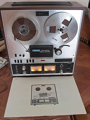 AKAI 250D Reel-To-Reel Tape Recorder Excellent Condition with Original Manual