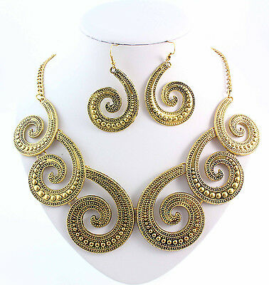 Gold Metal Splicing Octopus Tentacles Chunky Necklace Earrings Jewelry Set