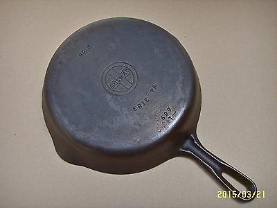 VTG GRISWOLD NO. 6 CAST IRON SKILLET SMALL BLOCK LOGO GROOVED HANDLE 699 T