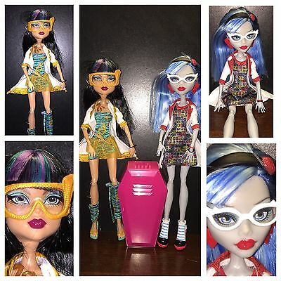 Monster High Mass Science Class Ghoulia Yelps Cleo De Nile 2-pack Locker Lot
