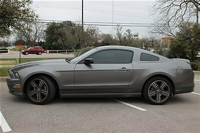 Ford : Mustang 2dr Coupe V6 Ford Mustang 2dr Coupe V6 Low Miles Manual Gasoline 3.7L V6 Cyl Sterling Gray Me