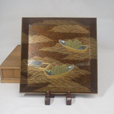 E795: Japanese old lacquer ware square tray w/fantastic MAKIE, mother-of-pearl