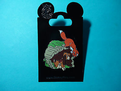 Disney Fox and the Hound Tod and Copper 2015 Pin *NEW RELEASE*  *NEW ON CARD*