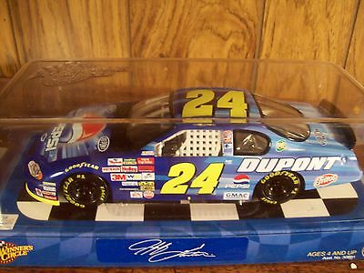 Jeff Gordon DUPONT PEPSI 1/24 scale NASCAR #24 CAR Winner's Circle GREAT SHAPE