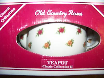 ROYAL ALBERT OLD COUNTRY ROSES Classic II TEAPOT year 1998 Mint Condition