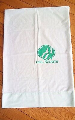 Girl Scouts Vintage Pillowcase.. VERY RARE AND HTF.. VGUC