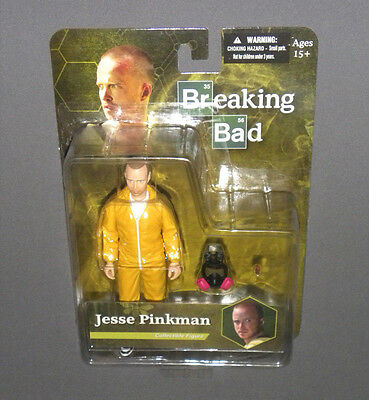 Jesse Pinkman Collectible Figure Breaking Bad MEZCO Yellow Hazmat Suit, Gas Mask
