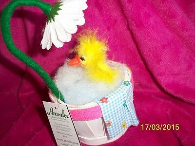 """Annalee 6 inch Easter Duck """"SPRING SHOWERS DUCK"""" 2013"""