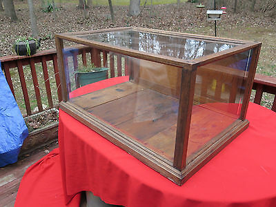Beautiful Antique General Store Glass & Wood Show Case Display Box