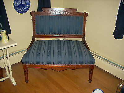 Beautiful Victorian Carved Wood Settee -Fabulous Condition