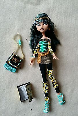 """Monster High Doll Cleo de Nile """"School's Out""""  Loose"""
