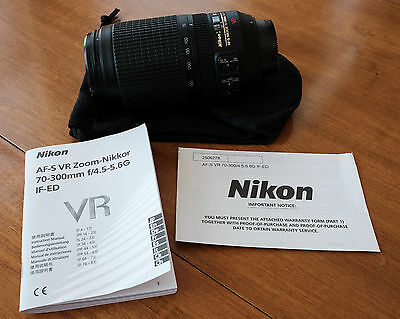 Nikon AF-S VR Zoom-Nikkor 70-300mm f/4.5-5.6G IF-ED Lens BARELY USED