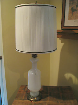 vintage Frederick Cooper Chicago table lamp milky (opal?) glass - original shade